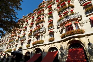 Plaza Athenee - Facade hotel - LR (c) Bi Premium - Masahiko Takeda