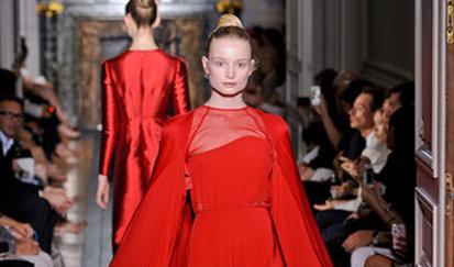 1014774_defile-valentino-haute-couture-automne-hiver-2012-2013-a-paris