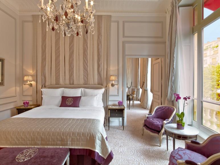 Hotel Plaza Athenee - Suite Prestige 215-216 - HR - (c) Eric Laignel 2 bis