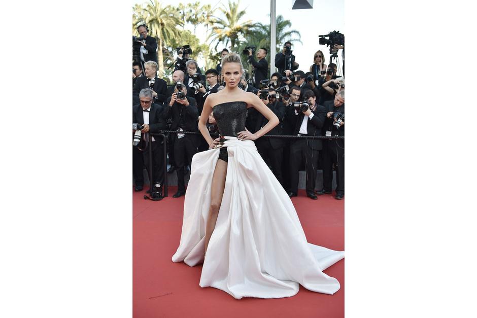 Cannes-2015-Natasha-Poly_hg_temp2_m_full_l