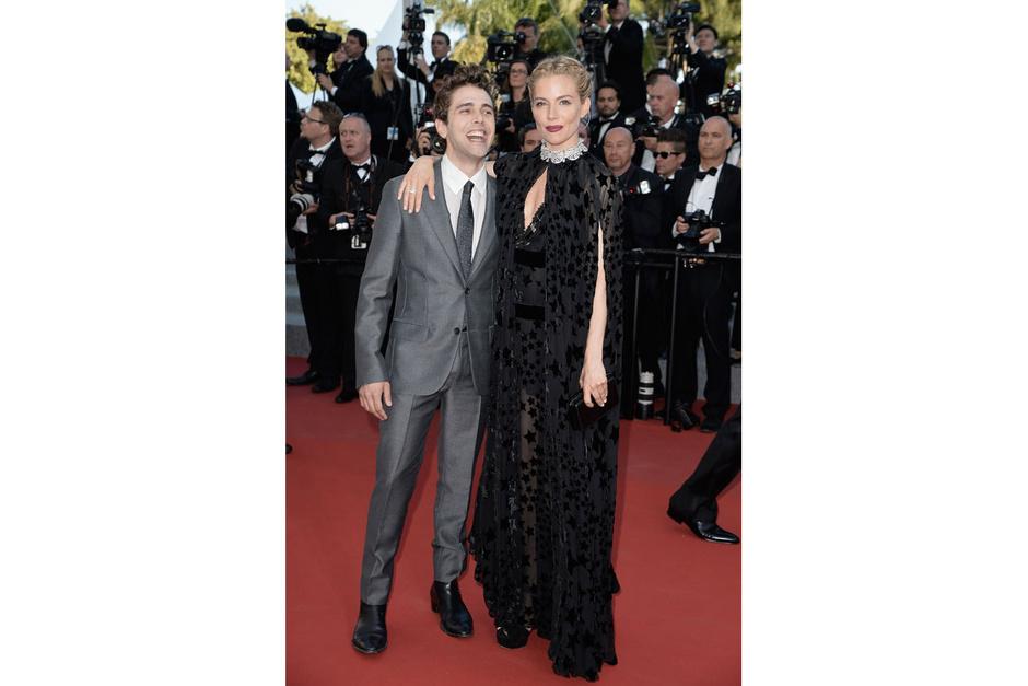 Cannes-2015-Sienna-Miller_hg_temp2_m_full_l