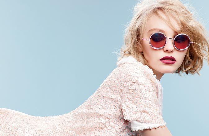chanel-eyewear-lily-rose-depp
