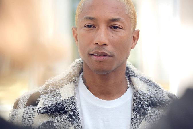 chanel-fall-winter-2016-17-ready-to-wear-celebrity-photos-12-pharrell-williams