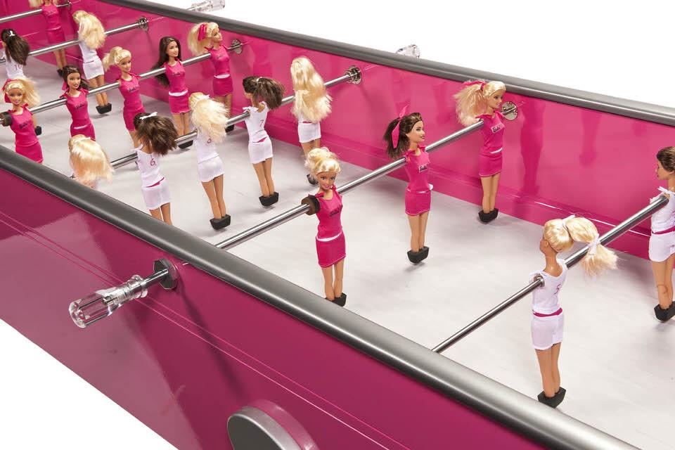 31chloe-ruchon-barbie-foot2-872150798