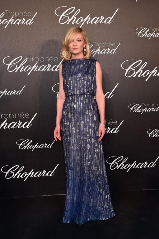 Kirsten-Dunst-en-Schiaparelli-Haute-Couture-lors-de-la-soiree-Chopard-du-Festival-de-Cannes-le-12-mai-2016_exact1024x768_p