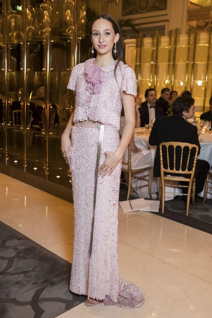 Olympia Taittinger, Bal des Debutantes 2016, Robe Chanel Haute Couture, à Paris.