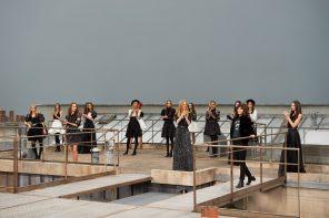 Visite des toits de Paris avec la maison Chanel pour son défilé printemps-été 2020